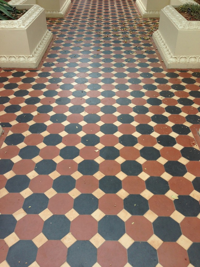 And then the patterened tiles on the floor.